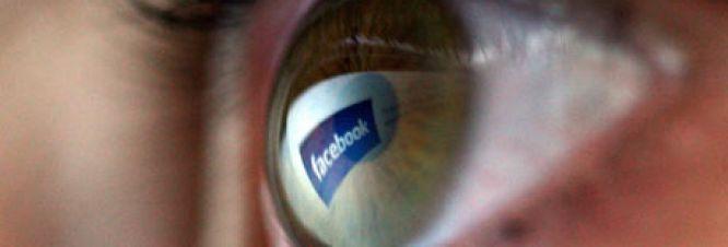 facebook-reaches-5th-birt-001.jpg
